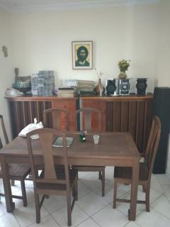 Rio de Janeiro: Amplo apartamento 2 Qts com Dependência 4