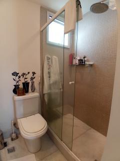 Vitória: Apartamento para venda em Enseada do Suá, Vitória ES, 3 quartos, 2 suítes, 130m2, Sol da manhã, varanda, dependência de empregada, elevador, piscina, salão de festas,  4 vagas de garagem 37