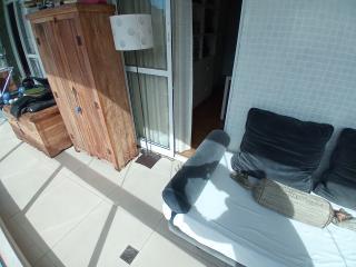 Vitória: Apartamento para venda em Enseada do Suá, Vitória ES, 3 quartos, 2 suítes, 130m2, Sol da manhã, varanda, dependência de empregada, elevador, piscina, salão de festas,  4 vagas de garagem 5