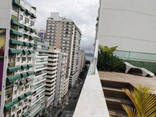 Niterói: Cobertura para Venda, Niterói / RJ, bairro Icarai, 4 dormitórios, 2 suítes, 3 banheiros, 1 vaga de garagem, área construída 240 m² AMA2057 1