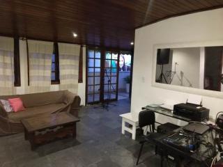 Niterói: Cobertura para Venda, Niterói / RJ, bairro Icarai, 4 dormitórios, 2 suítes, 3 banheiros, 1 vaga de garagem, área construída 240 m² AMA2057 4