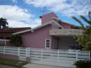São Gonçalo: Casa Duplex com 04 quartos, sendo 01 suíte, Piscina - Residencial Bosque de Itapeba, Maricá 1