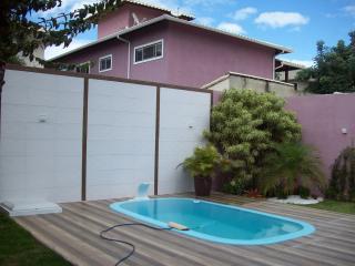 São Gonçalo: Casa Duplex com 04 quartos, sendo 01 suíte, Piscina - Residencial Bosque de Itapeba, Maricá 3
