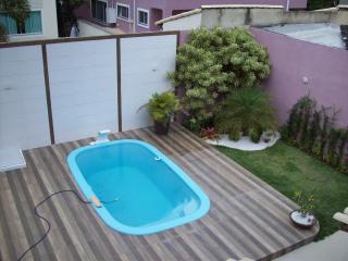 São Gonçalo: Casa Duplex com 04 quartos, sendo 01 suíte, Piscina - Residencial Bosque de Itapeba, Maricá 4