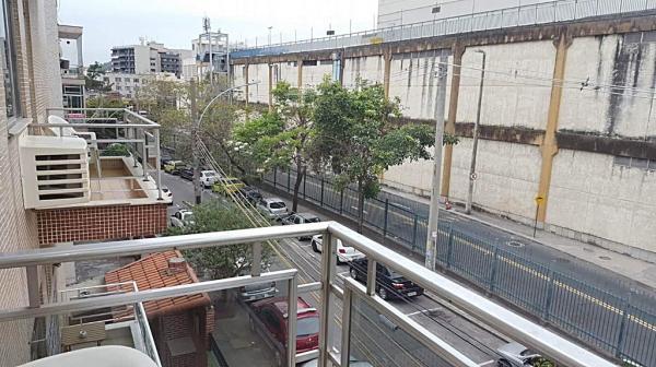 Maricá: Vila da Penha/RJ, Apartamento Bem localizado No Bairro, 2 Quartos, Prédio Com Churrasqueira. 9