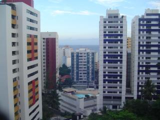 Salvador: 3/4 C/ DEPENDÊNCIAS - PQ JULIO CESAR 1