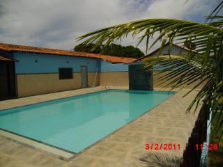 Araruama: Vendo Casa em Araruama (Condomínio) 1