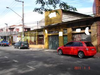 São Paulo: SALÃO AV ITAQUERA 3