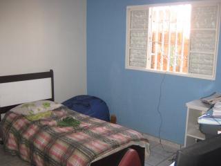 Valparaíso de Goiás: LINDA CASA 7