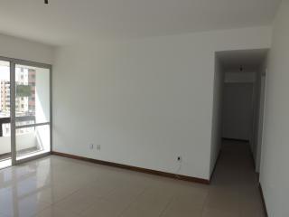 Salvador: Apartamento 3 dormitórios, 135 m²,varanda, vista mar, na Pituba. 3