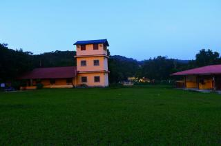 Guapimirim: Sitio lindo e grande com 2 casas enormes 1