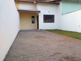 Itanhaém: Sobrado com três dormitórios/ duas suítes a 200 metros da praia 1