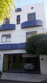 Fortaleza: Prédio com 12 apartamentos - 1