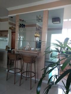 Uberlândia: Apartamento com varanda Goumert no Santa Mônica próximo à UFU 2