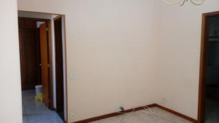Rio de Janeiro: Apartamento para alugar na Rua Haddock Lobo, RJ, com 2 quartos, dependências e vaga de garagem. 3