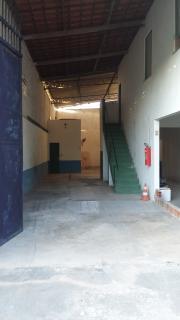 Fortaleza: Galpão 175m² em área nobre 1