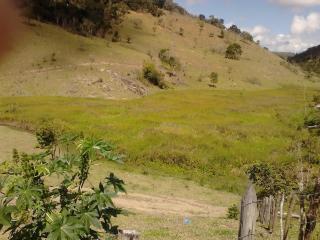 Joaíma: Fazenda de 600 Hectares em MG, Barata, C/ Muita Água, Boa Para Pasto Ou Plantação! 3