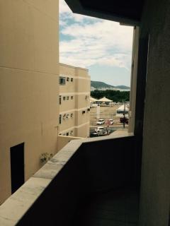 Florianópolis: Apartamento em Coqueiros com 3 quartos, sendo 1 suíte 8