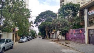 São Paulo: Casa no Parque da Mooca, com terreno de 5 x 30. 2