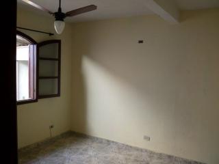 Taboão da Serra: Casa com 2 dormitórios e garagem 7