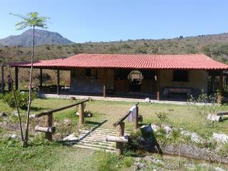 Itabira: Chácara Vilarejo Serra dos Alves 1