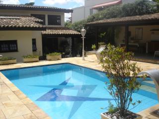 Cotia: Casa magnifica no miolo da Granja Viana 6