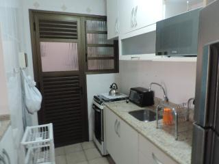 Florianópolis: 02 Dormitórios e Suite!! Com Saída Para o Mar!!! ( Aceita Carro e Imóvel) 3