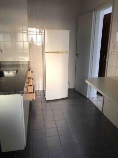Santos: Apartamento em Santos, 1 quarto, 2 banheiros, Sacada e Garagem 6