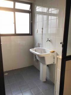 Santos: Apartamento em Santos, 1 quarto, 2 banheiros, Sacada e Garagem 7