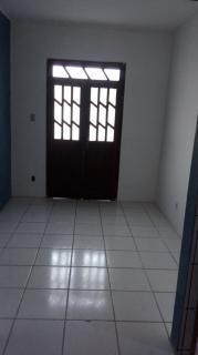 Salvador: Casa 2 quartos - Estrada das Barreiras 1