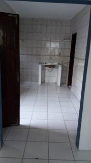 Salvador: Casa 2 quartos - Estrada das Barreiras 3