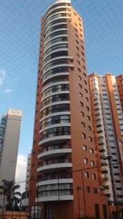 São Paulo: Apartamento no Panamby com 3 suítes, 4 banheiros e 4 vagas! 160m² 1