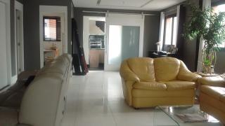 São Paulo: Apartamento no Panamby com 3 suítes, 4 banheiros e 4 vagas! 160m² 3