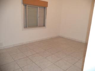 Porto Alegre: Apartamento com 2 dormitórios. 5