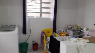 São Vicente: Vende -se casa no Parque Continental 5