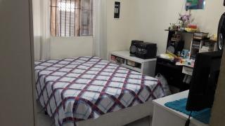 São Vicente: Vende -se casa no Parque Continental 8