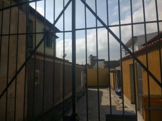 Rio de Janeiro: Duplex em vila fechada, 3 quartos (1 suíte) garagem para 3 carros, pr´x Centro de Bangu 8