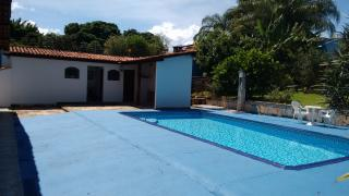 Brasília: Vendo a minha casa, mobiliada, no Lago Sul, 4qts(3sts), piscina, churrasqueira, pomar, apartamento independentes no sotão. 1