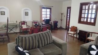 Brasília: Vendo a minha casa, mobiliada, no Lago Sul, 4qts(3sts), piscina, churrasqueira, pomar, apartamento independentes no sotão. 6