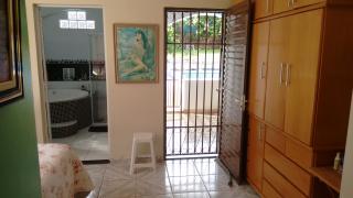 Brasília: Vendo a minha casa, mobiliada, no Lago Sul, 4qts(3sts), piscina, churrasqueira, pomar, apartamento independentes no sotão. 8
