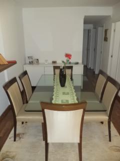 São Paulo: Apartamento novo, 4 dormitórios, sendo 1 suíte, com armários embutidos em todos os cômodos, varanda com churrasqueira; 2 vagas + depósito 2