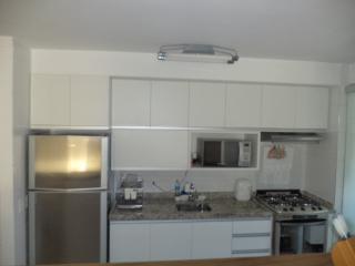 São Paulo: Apartamento novo, 4 dormitórios, sendo 1 suíte, com armários embutidos em todos os cômodos, varanda com churrasqueira; 2 vagas + depósito 4