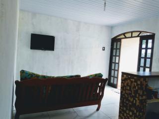 Ubatuba: Aluga-se casa para temporada