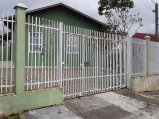 Curitiba: Imóvel de esquina com ampla área de estacionamento 3
