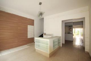São Paulo: Linda casa isolada com destaque excelente para comércio ou serviços em área nobre dos Jardins. 2