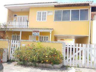 São Gonçalo: Casa em condomínio 4 Qts, Piscina e churrasqueira 1
