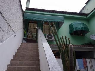 São Gonçalo: Vendo ou Alugo casa 2 quartos em Alcântara. 2