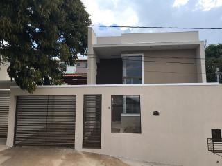 Lagoa Santa: Linda casa nova, 02 quartos, 01 suíte, 02 vagas, excelente acabamento. 1
