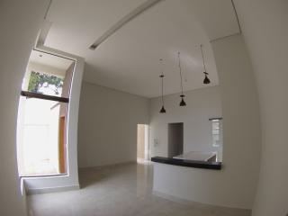 Lagoa Santa: Linda casa nova, 02 quartos, 01 suíte, 02 vagas, excelente acabamento. 4