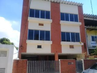 Rio de Janeiro: Aluguel Padre Manso 2 quartos (1 suíte) 3